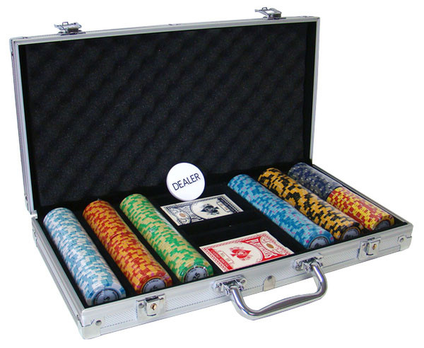 300 Monte Carlo Poker Chip Set with Aluminum Case
