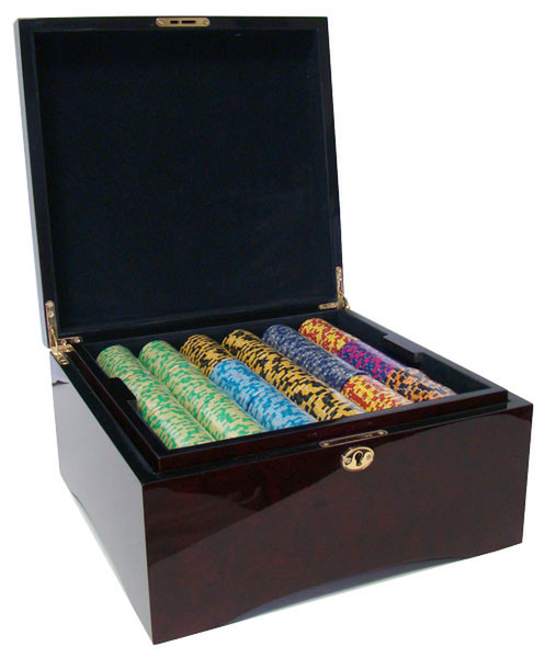 750 Monte Carlo Poker Chip Set with Mahogany Case