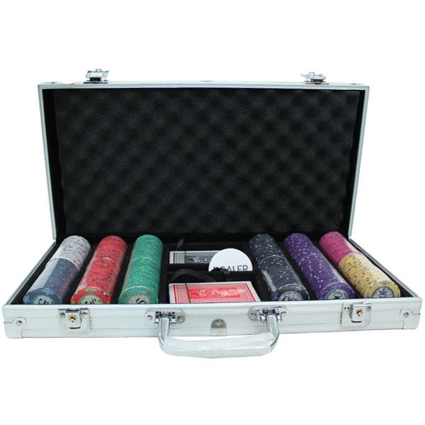 300 Scroll Poker Chip Set with Aluminum Case