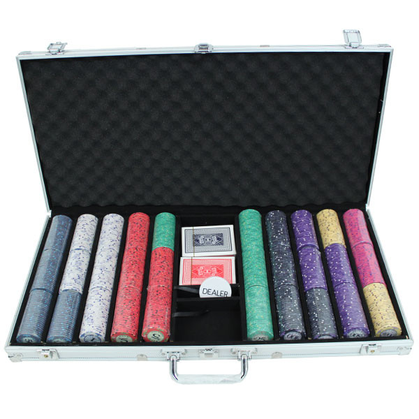 750 Scroll Poker Chip Set with Aluminum Case
